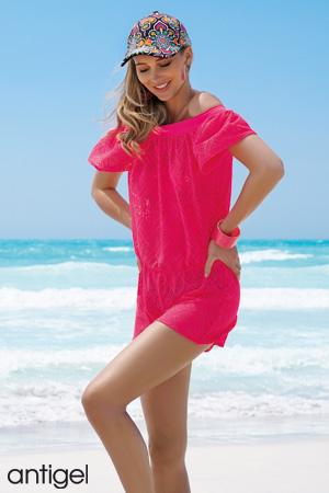 f66170780d6 mannequin blonde porte teddy de plage de la marque antigel par lise charmel  en couleur rose