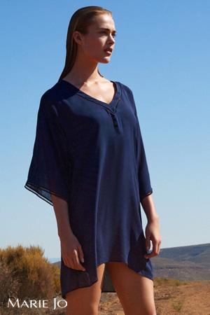 20dde8afe4b mannequin porte kaftan bleu marine de la marque marie-jo haute lingerie  distribué sur le