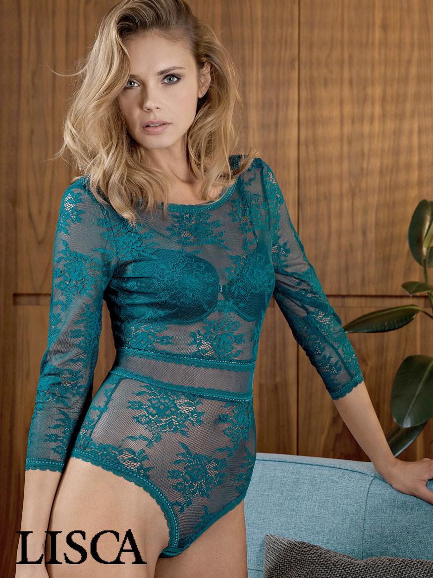 mannequin lingerie porte body manches longues de la marque lisca collection eternity en coloris petroleum vert canard tendance automne hiver 2018